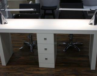 Выбираем качественный маникюрный стол по приемлемой цене