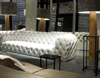 Каретная стяжка – отличный выбор отделки мебели для салонов красоты