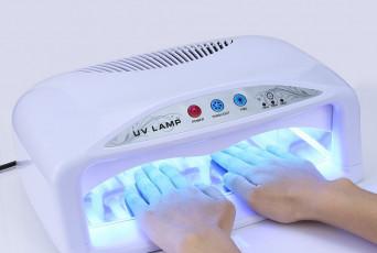 Сколько стоит лампа для ногтей?